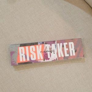 Mac Risk Taker eye shadow